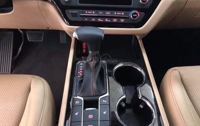 Kia Sedona máy dầu 2019, tặng bảo hiểm, DVD gối đầu, camera, giảm tiền mặt5