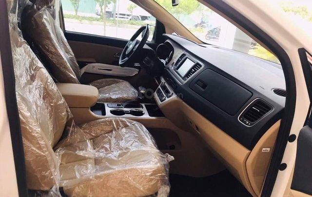Kia Sedona máy dầu 2019, tặng bảo hiểm, DVD gối đầu, camera, giảm tiền mặt13