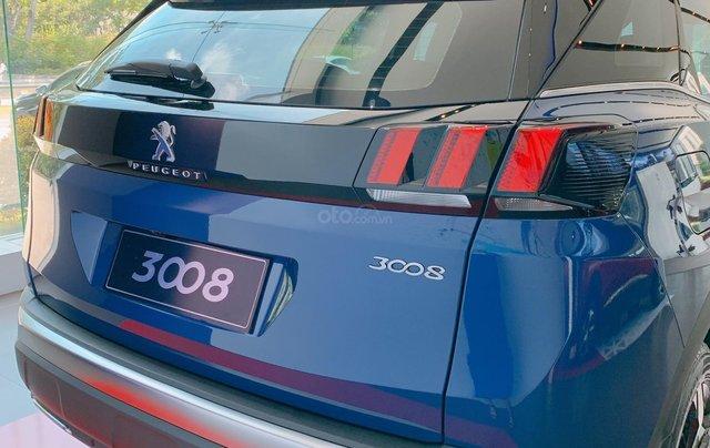 Bán xe Peugeot 3008 xe mới, giá tốt nhất miền Nam, khuyến mãi khủng chưa từng có, giao ngay3