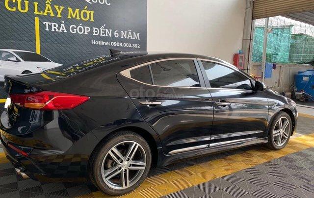 Bán xe Hyundai Elantra Turbo Sport đời 2018, màu đen, giá 668tr4