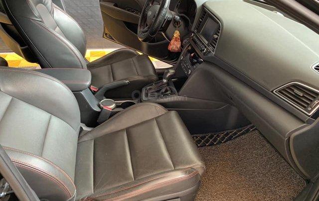 Bán xe Hyundai Elantra Turbo Sport đời 2018, màu đen, giá 668tr9