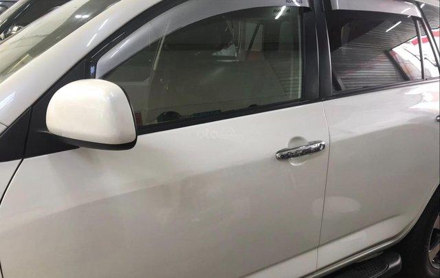 Cần bán xe Toyota RAV4 đời 2017 màu trắng, xe nhập3