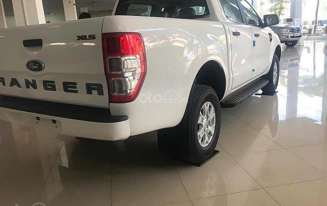 Tậu xe đi tết _ Bán Ford Ranger ranger XLS MT 2019 nhập khẩu, giá tốt, trả góp cao, LH 09742860094