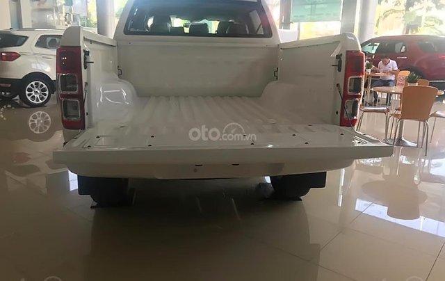 Tậu xe đi tết _ Bán Ford Ranger ranger XLS MT 2019 nhập khẩu, giá tốt, trả góp cao, LH 09742860095
