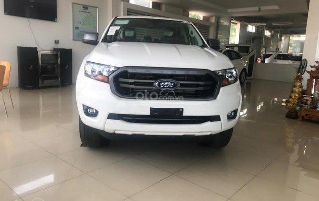 Tậu xe đi tết _ Bán Ford Ranger ranger XLS MT 2019 nhập khẩu, giá tốt, trả góp cao, LH 09742860093