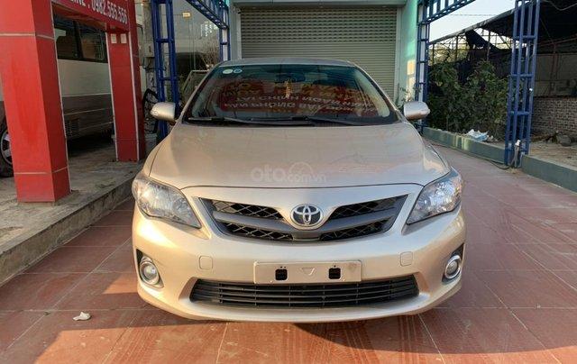 Bán Toyota Corolla Altis 2.0 sản xuất 2011, màu vàng0