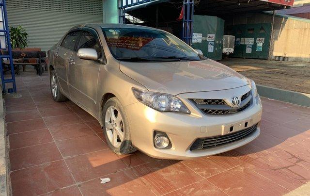 Bán Toyota Corolla Altis 2.0 sản xuất 2011, màu vàng1