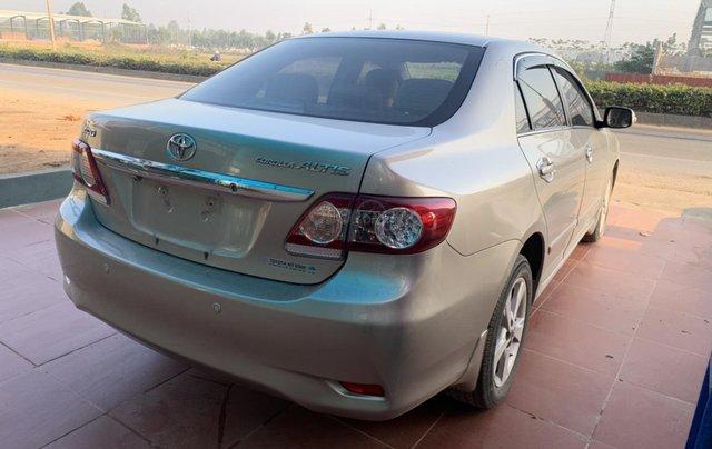 Bán Toyota Corolla Altis 2.0 sản xuất 2011, màu vàng6