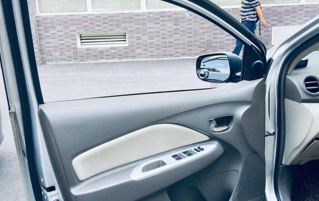 Cần bán xe Toyota Vios G tự động 2013, màu bạc, chính chủ, xe có lộc9