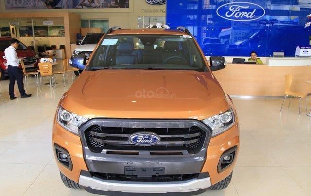 Ford Ranger tặng nắp thùng, dán phim, camera hành trình, 7 món phụ kiện theo xe, LH 09098502553