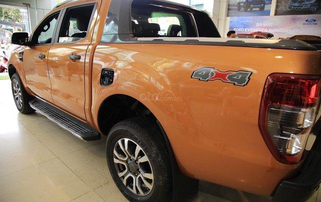 Ford Ranger tặng nắp thùng, dán phim, camera hành trình, 7 món phụ kiện theo xe, LH 090985025510
