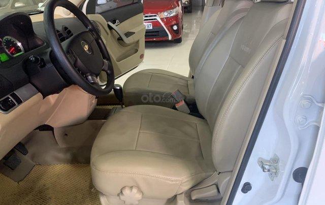 Bán Chevrolet Aveo 1.5AT đời 2017, màu trắng, giá tốt9