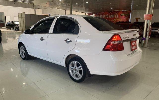 Bán Chevrolet Aveo 1.5AT đời 2017, màu trắng, giá tốt10