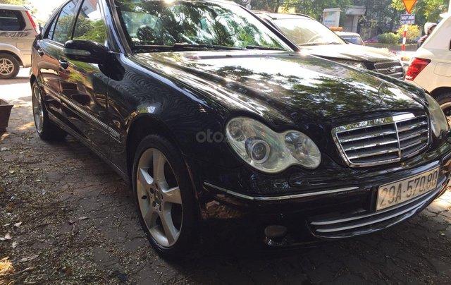 Cần bán xe Mercedes 2005, màu đen8