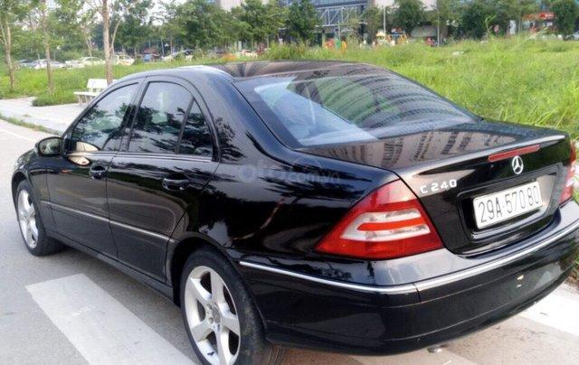 Cần bán xe Mercedes 2005, màu đen7