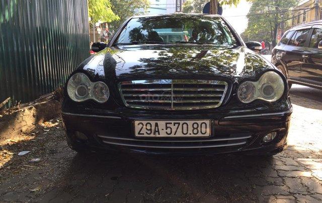 Cần bán xe Mercedes 2005, màu đen10