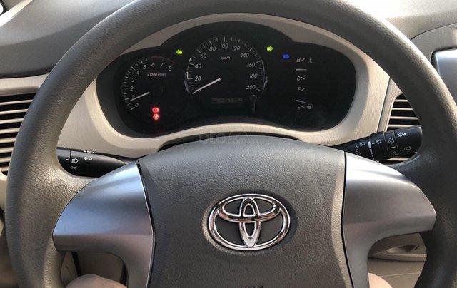 Cần bán xe Toyota Innova 2.0E 2014, xe không dịch vụ biển TP giá 508 triệu6
