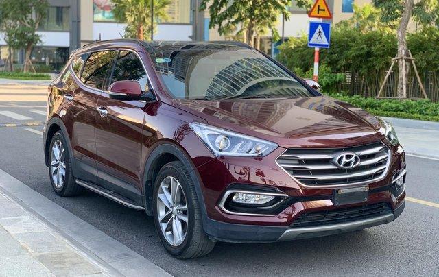 Cần bán Hyundai Santa Fe 2.4 4WD sản xuất 2018, màu đỏ0