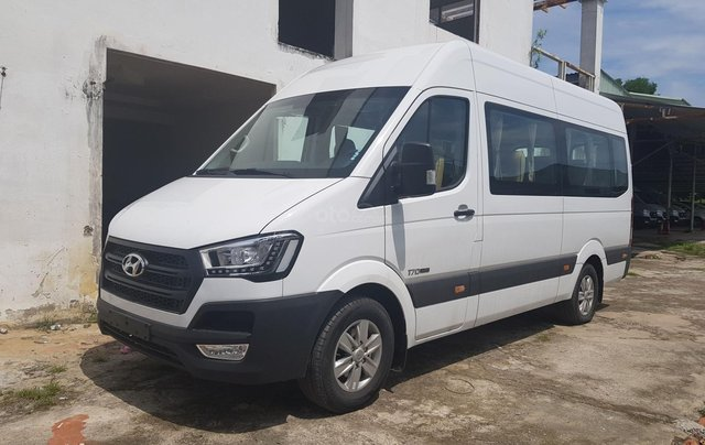 Bán ô tô Hyundai Solati Limited sản xuất 2019, màu trắng - Liên hệ: 093 969 15370