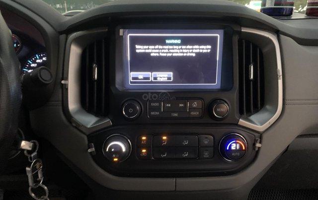 Cần bán xe Chevrolet Colorado LTZ 2.8 4x4 AT đời 2017, màu bạc, nhập khẩu9