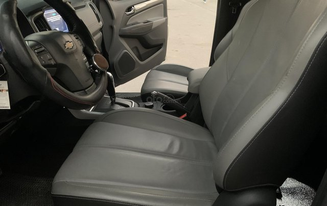 Cần bán xe Chevrolet Colorado LTZ 2.8 4x4 AT đời 2017, màu bạc, nhập khẩu10
