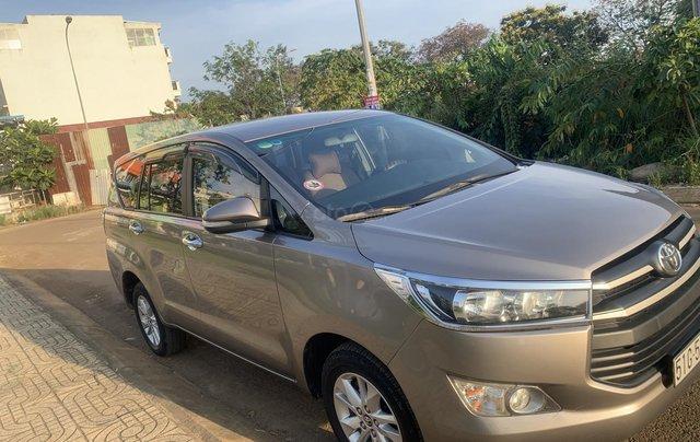 Cần bán Toyota Innova 2.0E 2018, màu nâu đồng10