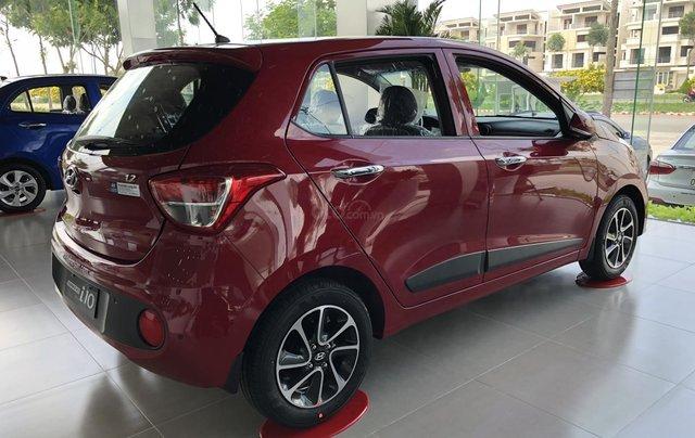 Bán Hyundai Grand i10 MT 2019, màu đỏ - trả trước chỉ 125tr2