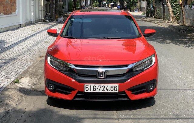 Bán Honda Civic 1.5 Turbo sản xuất 2018 nhập nguyên chiếc, xe mới đi lướt 11.000km bao kiểm tra tại hãng0