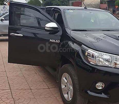 Cần bán xe Toyota Hilux đời 2015, màu đen, nhập khẩu chính hãng0