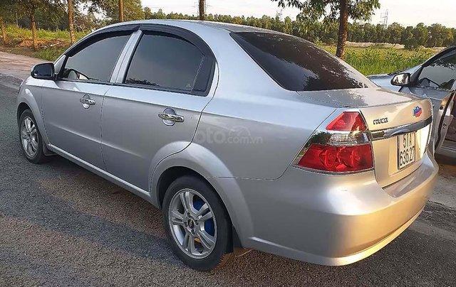 Bán ô tô Chevrolet Aveo Lt đời 2013, màu bạc như mới, giá 217tr1
