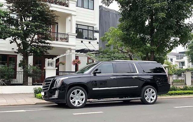 Cần bán gấp Cadillac Escalade ESV năm 2015, màu đen, xe nhập như mới0