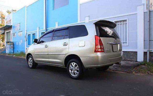 Bán Toyota Innova đời 2006 xe còn mới lắm0