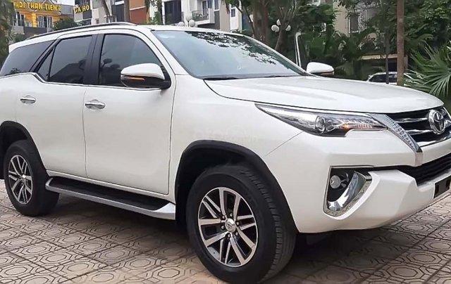 Bán Toyota Fortuner năm 2018, màu trắng, nhập khẩu, chính chủ0