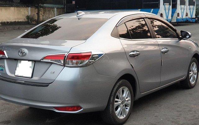 Bán xe Toyota Vios 1.5E sản xuất 2018, màu bạc số sàn, giá tốt1