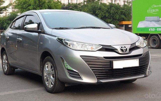 Bán xe Toyota Vios 1.5E sản xuất 2018, màu bạc số sàn, giá tốt0