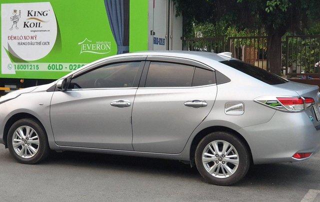 Bán xe Toyota Vios 1.5E sản xuất 2018, màu bạc số sàn, giá tốt4