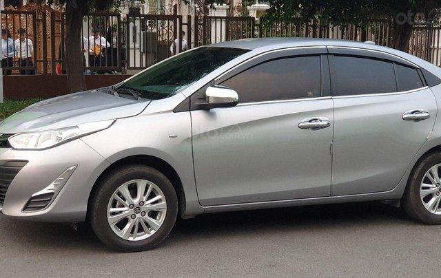 Bán xe Toyota Vios 1.5E sản xuất 2018, màu bạc số sàn, giá tốt11