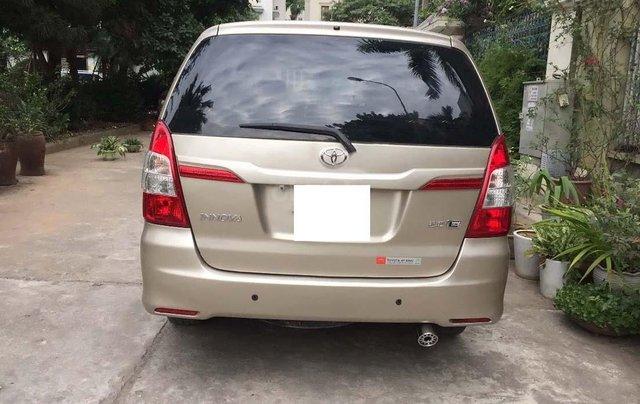 Bán Toyota Innova 2.0E năm sản xuất 2015 chính chủ, giá 490tr1