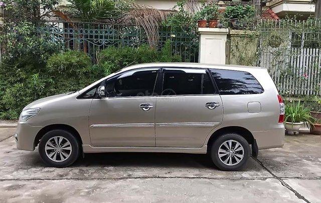 Bán Toyota Innova 2.0E năm sản xuất 2015 chính chủ, giá 490tr0