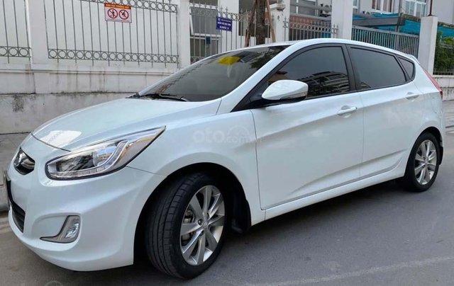 Bán Hyundai Accent sản xuất 2015, màu trắng, nhập khẩu nguyên chiếc0