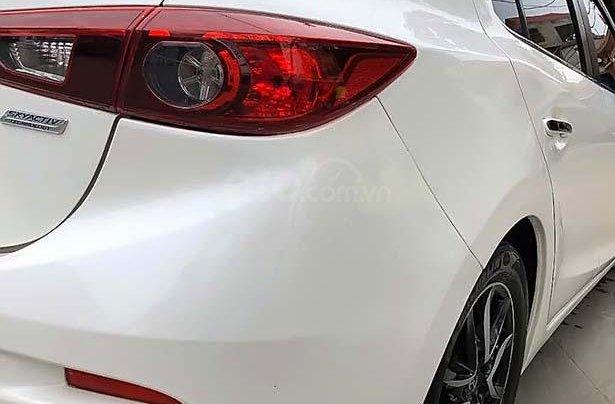 Bán ô tô Mazda 3 1.5 AT đời 2016, màu trắng số tự động1