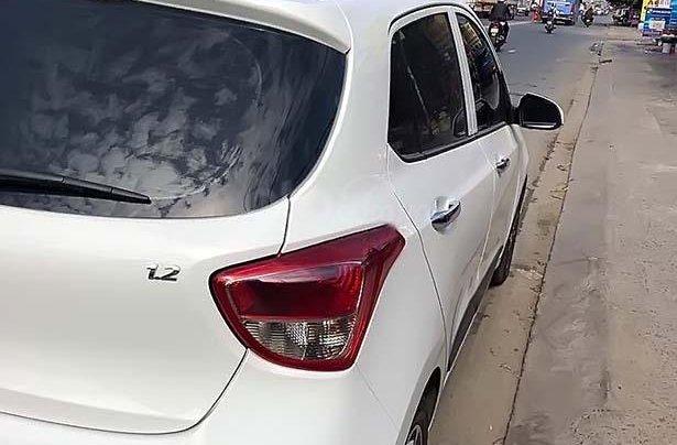 Bán Hyundai Grand i10 sản xuất 2018, màu trắng chính chủ giá cạnh tranh1