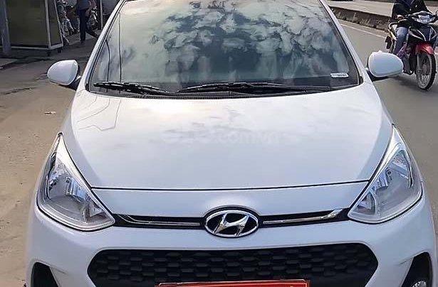 Bán Hyundai Grand i10 sản xuất 2018, màu trắng chính chủ giá cạnh tranh0