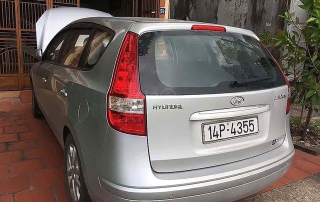 Bán Hyundai i30 đời 2010, màu bạc, xe nhập 1