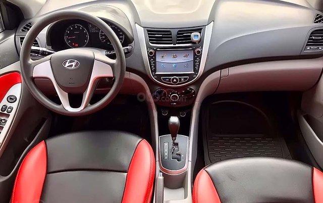 Bán Hyundai Accent 1.4 AT 2011, màu bạc, xe nhập  3
