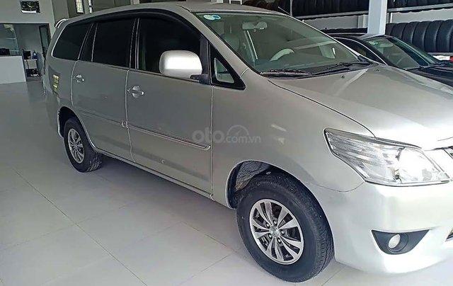 Cần bán lại xe cũ Toyota Innova 2.0 đời 2012, màu bạc, giá 320tr1