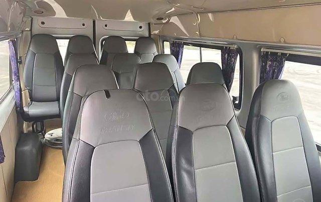 Bán Ford Transit 2.4MT 2015, màu bạc, số sàn 1