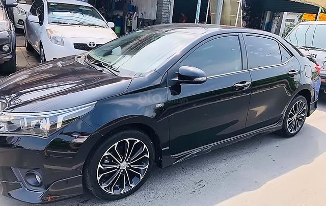 Cần bán Toyota Corolla Altis năm 2014, màu đen chính chủ, giá chỉ 605 triệu3