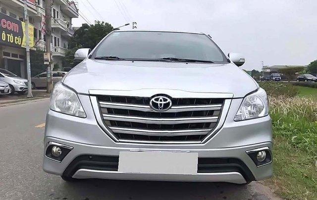 Bán Toyota Innova MT sản xuất năm 2016, màu bạc chính chủ0