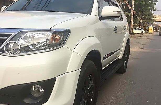 Bán xe cũ Toyota Camry đời 2014, màu trắng3